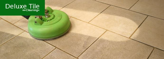 Tile-and-Grout-Mould-Removal-1-2